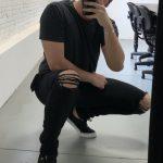 Calça Masc Skinny Preta Rasgo Joelho